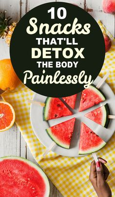 10 Snacks That Will Detox the Body If you're looking for some health tricks and detox foods for weight loss, then definitely read these detox foods for your health and beauty. They're good detox snacks for a detox cleanse. Easy Detox Cleanse, Cleanse Recipes, Healthy Detox, Detox Foods, Detox Tips, Shake Recipes, Juice Recipes, Juice Cleanse, Whole Body Cleanse