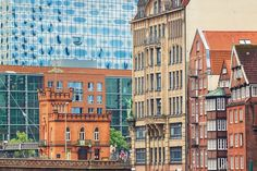 Hamburg famouse canal at Deichstrasse - Architecture