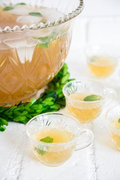 Irish Whiskey Green Tea Punch with lemon and honey.
