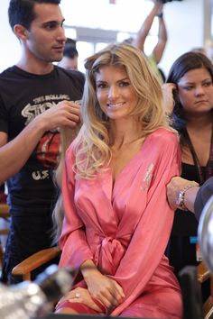 Marisa Miller primped in her pink robe in the 2008 Victoria's Secret Fashion Show. | #VSFS #VSFS_2008