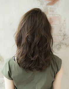 小顔・カッコいいミディアム(SE230)   ヘアカタログ・髪型・ヘアスタイル AFLOAT(アフロート)表参道・銀座・名古屋の美容室・美容院
