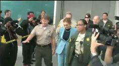 Lindsay Lohan leaving court for hopefully her last time on #Ustream