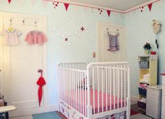 Yes, I probably should have bunting as a  border around the baby's room. :)