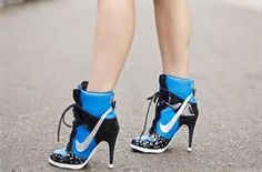 42 Stylish Nike High Heels Suitable for spring and summer - Outfit ideen - Heels Nike High Heels, High Heel Sneakers, Black Pumps Heels, Sneaker Heels, Sexy High Heels, High Heel Boots, Heeled Boots, Shoe Boots, Stilettos