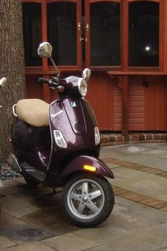 1000 images about 2 wheeled love on pinterest scooters. Black Bedroom Furniture Sets. Home Design Ideas