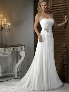 A-line/Princess Sleeveless Strapless Chiffon Beading Chapel Train Wedding Dresses