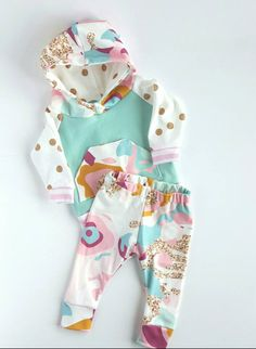 Baby girl hoodie and leggings set. Modern. Size 0-3 months up to 18 months.