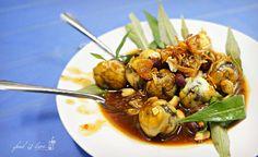 Cút lộn xào me ♣ Stir-fried balut quail eggs with tamarind sauce