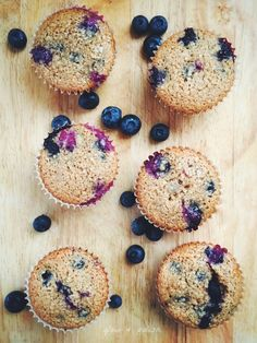These blueberry quinoa muffins are sooooo good and, as always, good for you! You may have noticed that I've been using either quinoa or quinoa flakes in ...