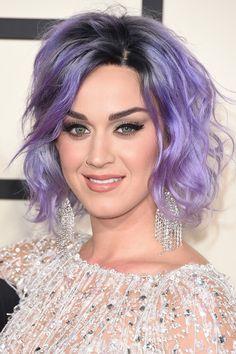 Katy Perry lila Haare
