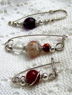 beaded pins (More ideas: www.HipTheHoopla.com & www.facebook.com/HipTheHoopla :)