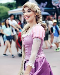 Rapunzel from Tangled Disney Cosplay, Rapunzel Cosplay, Rapunzel Makeup, Disney Rapunzel, Princess Rapunzel, Disney Princesses, Tangled Rapunzel, Disney Dream, Disney Love