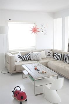 Light and airy / live from IKEA FAMILY Magazine