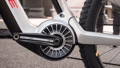 Mid drives are the ultimate for high torque and high efficiency. Here is list of 26 kits available for purchase that can transform your bike into a mid drive e-bike. Electric Trike, Electric Motor, E Bike Battery, Bike Drawing, Auto Body Repair, Cargo Bike, First Tooth, Bicycle Accessories, Offroad