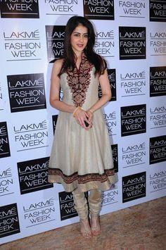 Genelia Deshkmukh was seen at the Lakme Fashion Week 2013 in a Ritu Kumar cream Chanderi suit.