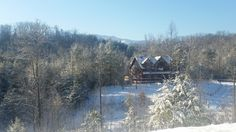 #SmokyMountains #Gatlinburg #vacationrental #cabin #BlueMountainLodge in January. Snowy sunny cold day.