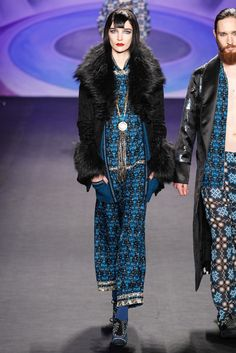 Anna Sui Fall 2014 Ready-to-Wear Fashion Show