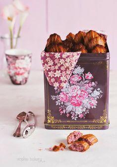 El Blog de Chic Bakery: Madeleines de Violetas por Sophie Bakery