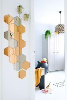 Tips voor het inrichten van de kinderkamer met tweedehands spullen. Duurzaam, low budget en makkelijk! (Ikea hönefoss spiegels, Ikea hack)