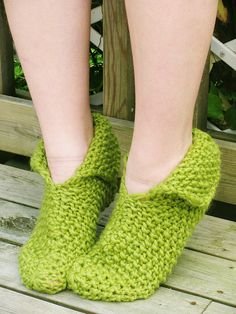 Knitted slippers by Yarn-Madness, via Flickr