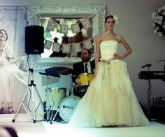 c5e2c8b13610 31 fantastiche immagini su SFILATA il giardino fiorito delle spose ...