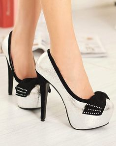 Silver Bow Knot Design High Heel Pumps Since your dress is black you can wear whatever color heels Dream Shoes, Crazy Shoes, Me Too Shoes, Pretty Shoes, Beautiful Shoes, Beautiful Bags, High Heel Pumps, Pumps Heels, Stilettos
