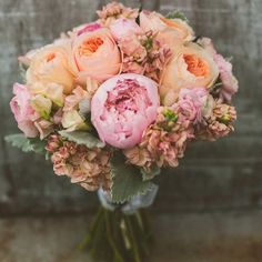 Featured Photography: Concept Photography; 30 Wedding Flower Ideas Brighten Your Big Day: http://www.modwedding.com/2014/10/15/30-wedding-flower-ideas-brighten-big-day/ Photography: Concept Photography