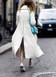 """chicblanccouture: """" street style by shot by Gio """" www.fashionclue.net