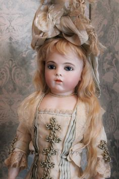 "Beautiful French Bisque Bebe ""Bru jeune"", size 7, in lovely costume by Mme Annette Knüppel"