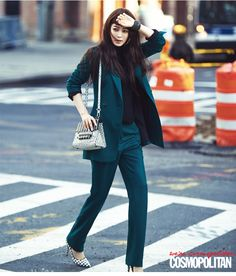 Han Ye Seul Rocks the New Yorker Look for Cosmopolitan Jung Ryeo Won, Han Ye Seul, Winter Maxi, Green Suit, Badass Women, Girl Fashion, Womens Fashion, Korean Actresses, New York Street