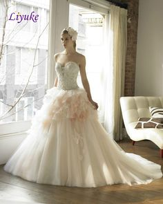 Liyuke H62 New Arrival Elegant Strapless Wedding Dresses Vintage Wedding Gowns With Beaded Crystal And Flowered Sashes