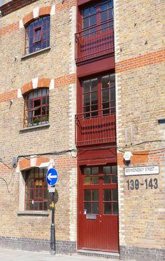 Loft Building, Bermondsey Street, London SE1 Bermondsey London, Bermondsey Street, London Docklands, London Neighborhoods, London Location, London Lifestyle, Things To Do In London, Antique Market, South London