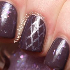 I want to do this! The Nailasaurus: 31DC2012: Violet Nails