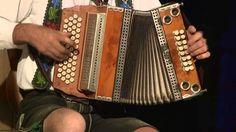Toni Bartl - Steirische Harmonika - 3 Melodien gleichzeitig (Knedl & Kraut) Button Accordion, Accordion Music, Polka Music, Music Videos, Slovenia, Piano, Irish, Lyrics, Boxes