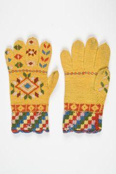 Eesti muuseumide veebivärav - kindad, sõrmkindad, roositud kindad Handicraft, Mittens, Knitted Hats, Projects To Try, Gloves, Embroidery, Knitting, Crochet, Tricot