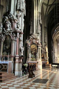 Inside Stephansdom at Stephansplatz – Vienna/Wien, Austria/Österreich