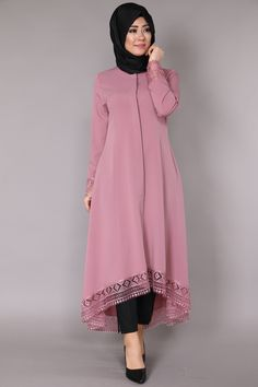 Islamic Fashion, Muslim Fashion, Modest Fashion, Fashion Dresses, Hijab Style Dress, Sleeves Designs For Dresses, Outfit Look, Muslim Dress, Abaya Fashion