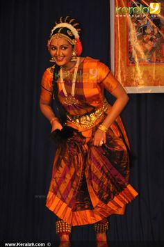 manju warrier guruvayoor dance photos00-020