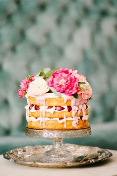 bright and berry-filled naked cake Pretty Cakes, Beautiful Cakes, Amazing Cakes, Cupcakes, Cupcake Cakes, Bbq Dessert, Nake Cake, Summer Wedding Cakes, Summer Cakes