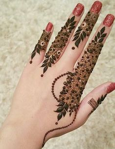 Striking Khafif mehndi designs collection for hands to try in 2019 Khafif Mehndi Design, Floral Henna Designs, Finger Henna Designs, Henna Art Designs, Mehndi Design Photos, Dulhan Mehndi Designs, Mehandi Designs, Henna Mehndi, Mehendi