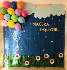 Backdrop Decorations, School Decorations, Birthday Decorations, Montessori Toddler, Preschool Activities, Diy Crafts For Gifts, Crafts For Kids, Graduation Cards Handmade, Space Classroom