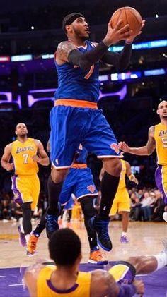 Gotham City Sports News: #Knicks Embarrassed by #Lakers To Start West Coast Trip. #NBA