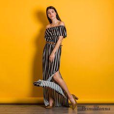 d709b502e1e5 Γυναικεία ρούχα Πάτρα ·  Maxi ριγέ φόρεμα με βολάν και διπλό σκίσιμο.  Φορέστε το από το πρωί μέχρι το βράδυ