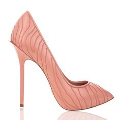 Stylish and Fabulous Dukas Fall Winter Shoes Collection - Be Modish Zebra Makeup, Closed Toe Shoes, Shoes 2016, Hot High Heels, Kinds Of Shoes, Fall Winter 2015, Court Shoes, Shoe Collection, Designer Shoes