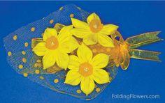 Folded Fabric Flower - Jonquil flowers at FoldingFlowers.com Flower Petals, Kanzashi Tutorial, Kanzashi Flowers, Elegant Flowers, Fabric Flowers, Bee, Plants, Animals, Animales