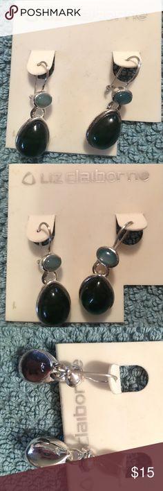 NWT LIZ Claiborne pierced green gem silver earring NWT LIZ Claiborne pierced green gem silver earrings never worn Liz Claiborne Jewelry Earrings