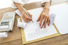 7 Documents Small Business Owners Should Keep for Important Tax Records -Mike Hourigan Business Management, Business Planning, Accounting Services, Business Accounting, Records Management, Bookkeeping Services, Tax Preparation, How To Find Out, Finance