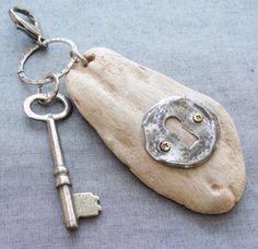 1 Driftwood Jewelry, Driftwood Projects, Driftwood Art, Sea Crafts, Nature Crafts, Diy Schmuck, Schmuck Design, Key Bag, Beach Wood