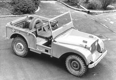 Google Afbeeldingen resultaat voor http://www.autointell.com/nao_companies/ford/land-rover/land-rover-main/defender-1947-prototype-390.jpg