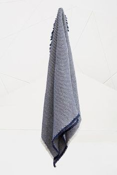 This beautiful luxurious bath towel Surf towel features a pileless, quick-dry, oblique corded texture with...